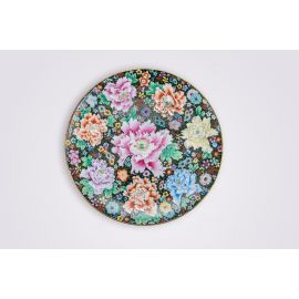 A Guangcai Porcelain Plate with Golden Dots and Peonies Pattern